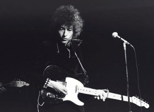 Bob Dylan in May of 1966 with a very mysterious Fender Telecaster.