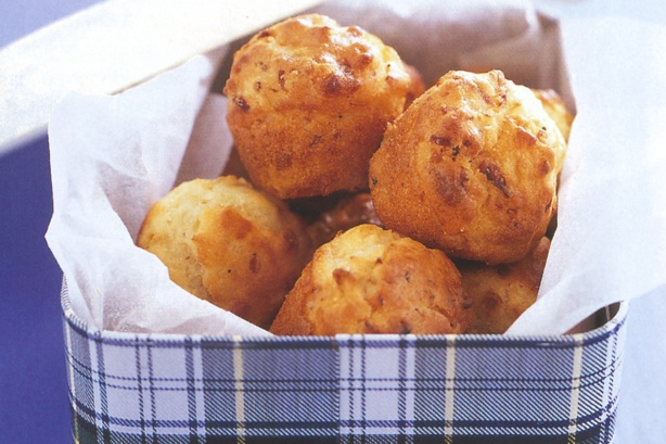Photography by Steve Brown. Super Food Ideas - June 2004 , Page 46 Original Recipe by Alison Roberts