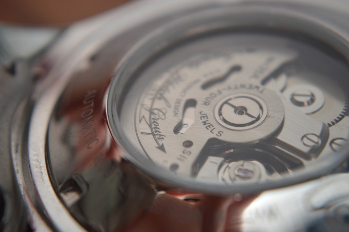 The Seiko movement found in the Grand Diver is a tried and tested unit.