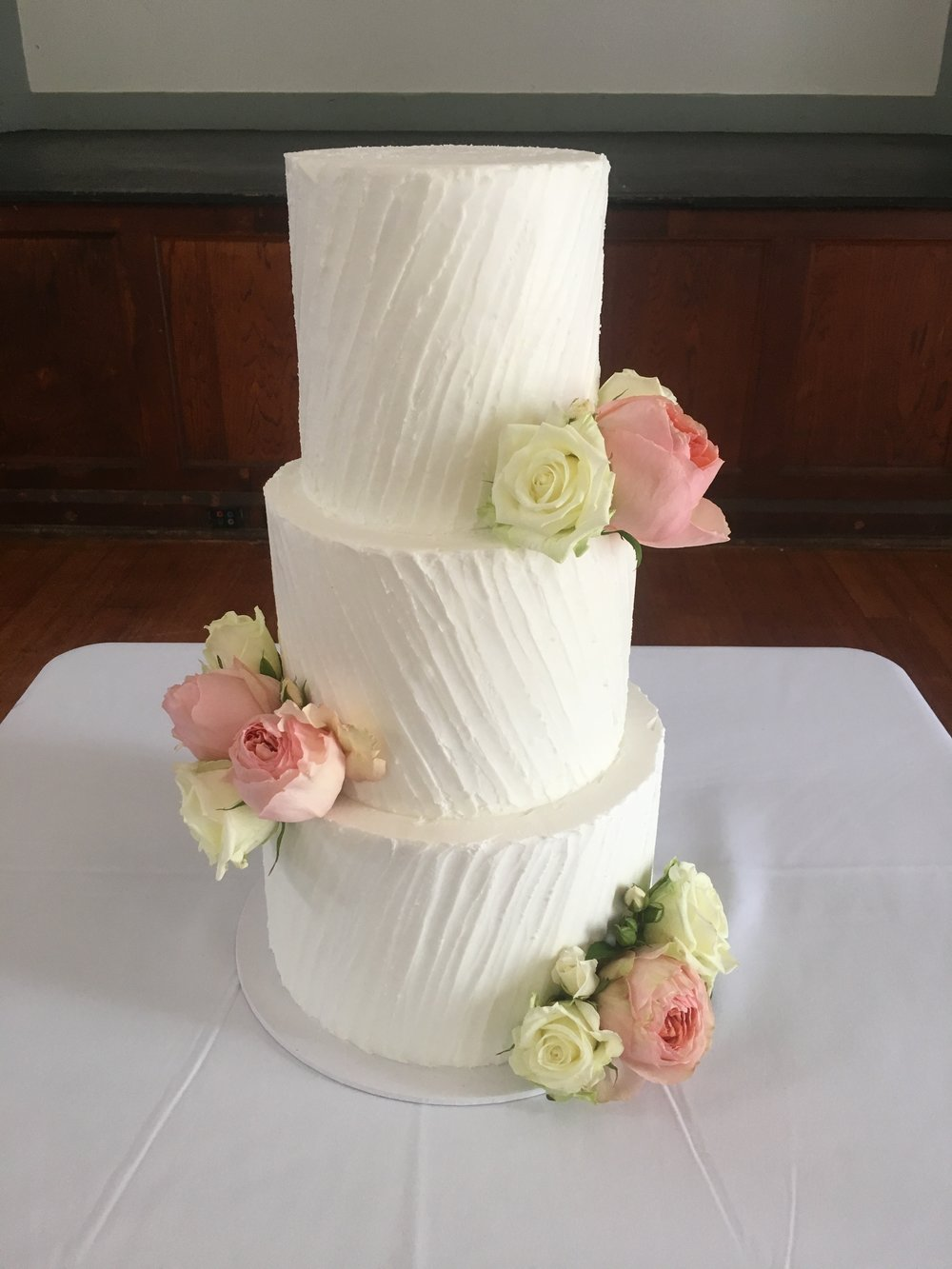 3 Tier Buttercream Wedding Cake     Creme de la Cakes 3T BC 4 JPG