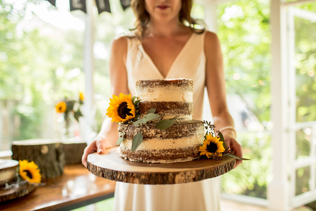 Wedding Season  Naked Carrot Cake     urban apron  Cheesin  with my mom   the best wedding cake baker I know