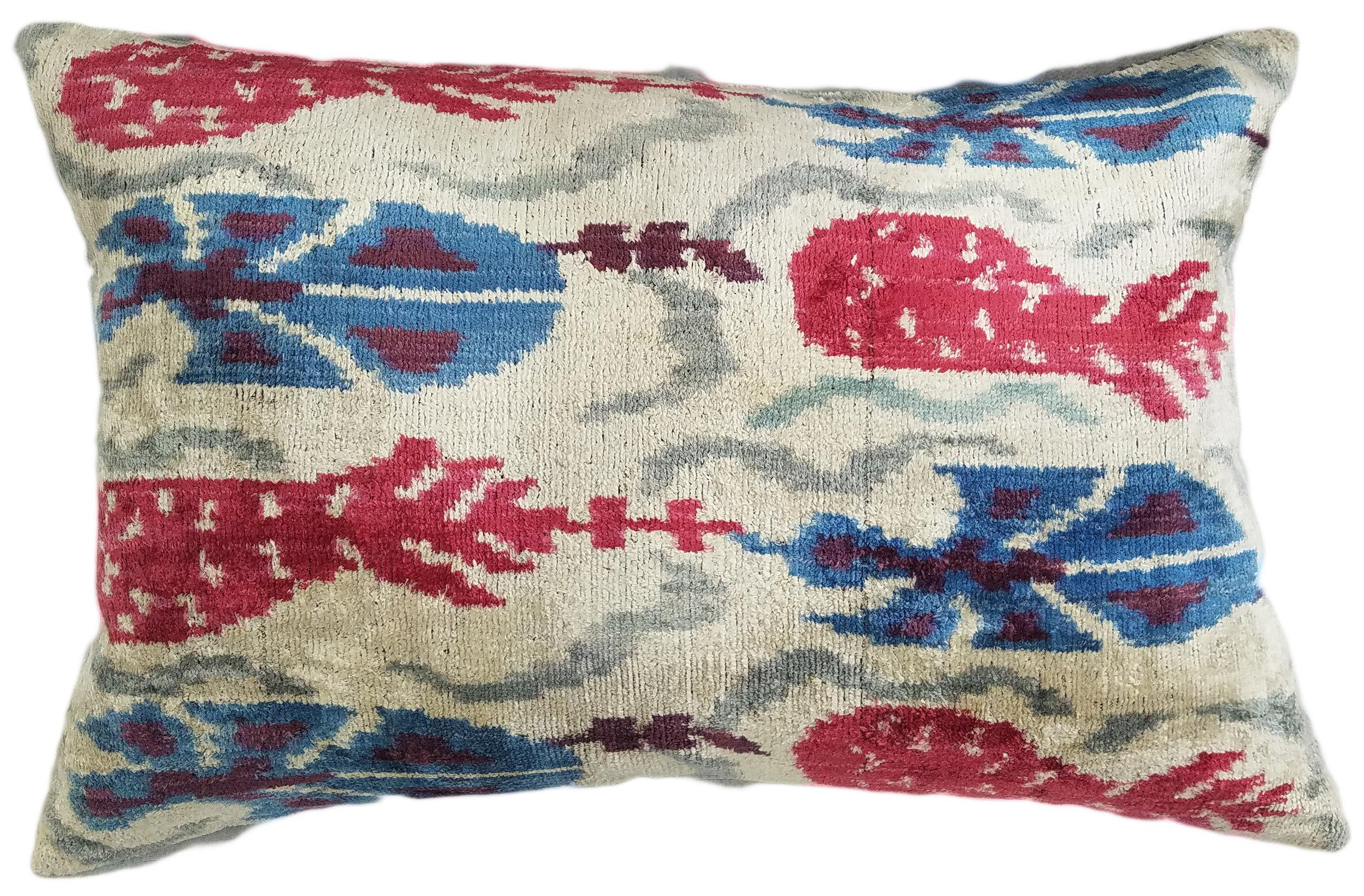 silk velvet pillow cover 16 x 24 felicity sargent design