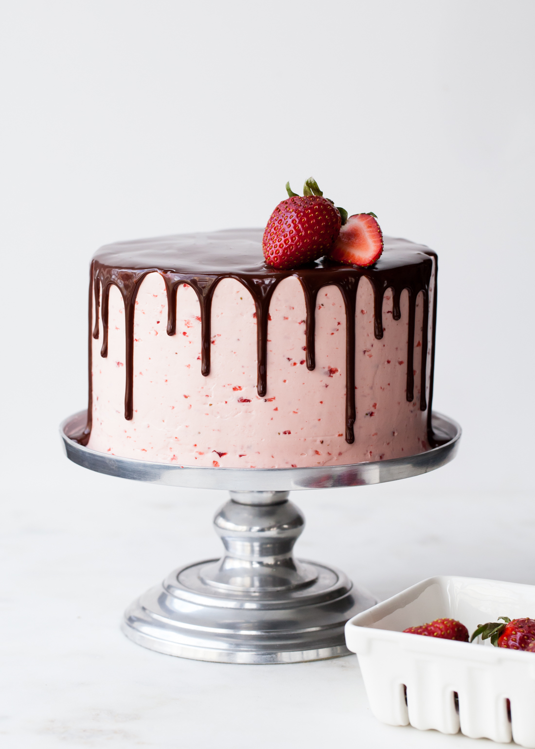 Chocolate Dipped Strawberry Cake My Best Tips For Drippy