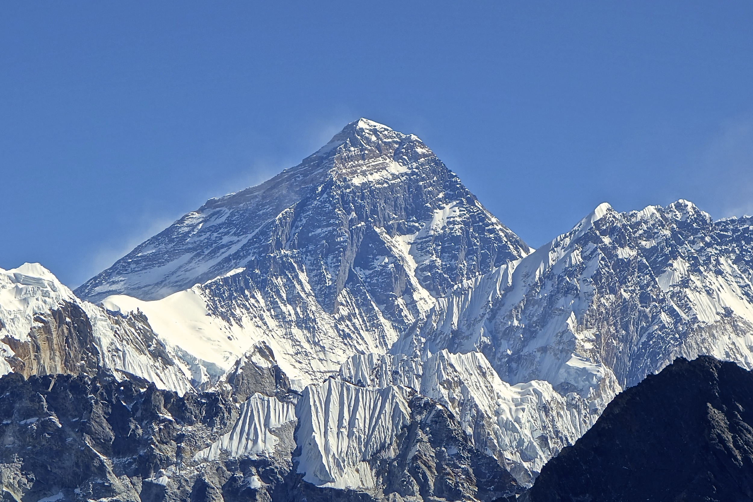 Mt._Everest_from_Gokyo_Ri_November_5_2012