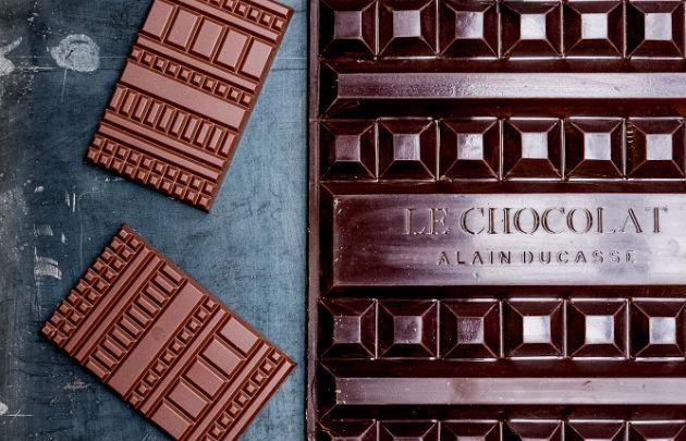 Manufacture-de-chocolat-Alain-Ducasse-Tablettes-|-630x405-|-©-Pierre-Monetta.jpg