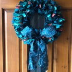 Christmas Rag Wreath With Shapable Fabric Bow Tutorial Tips Wefty