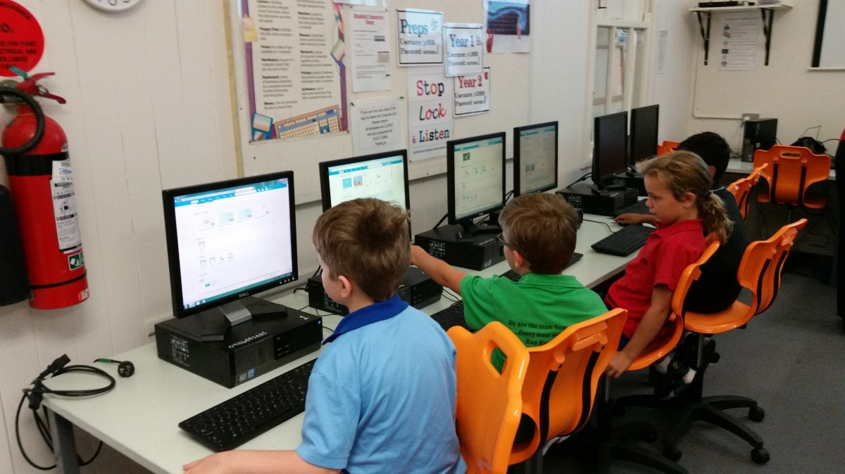 A before-school (7.30-8.30am) coding club in Norman Park, Brisbane.