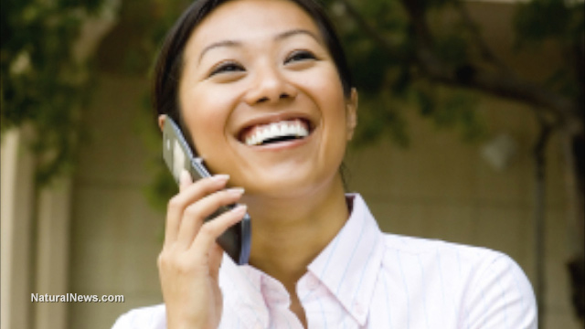 Business-Woman-Phone