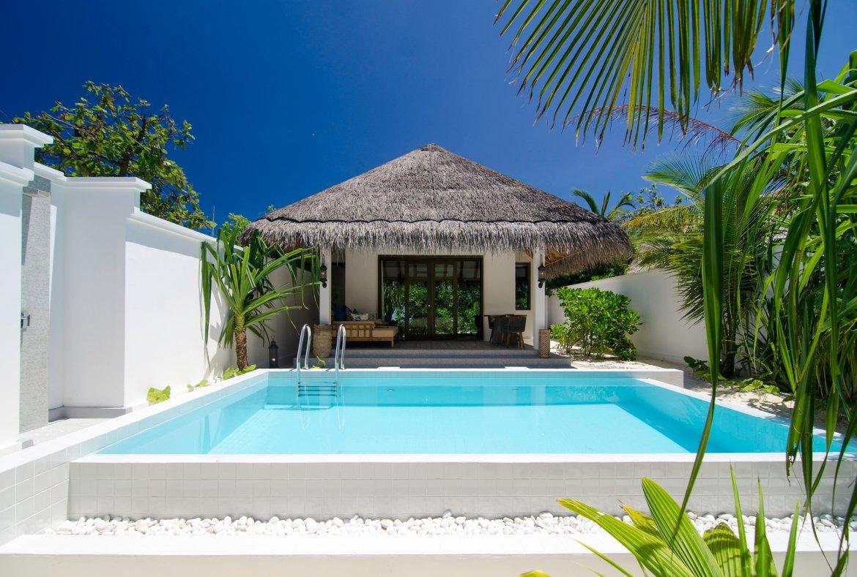Finolhu Beach villa 2.jpg