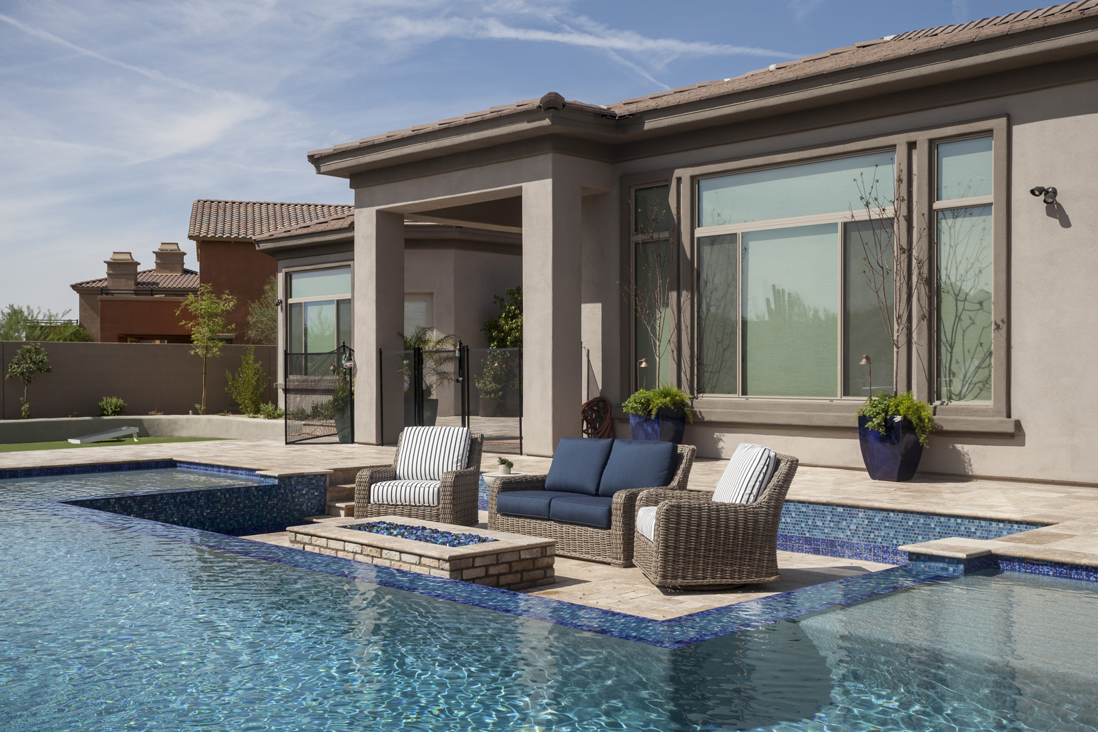 Luxury Backyards — Presidential Pools, Spas & Patio on Luxury Backyard Patios id=21474