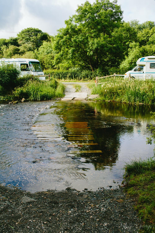 724aa-crowninn_camping_fordcrowninn_camping_ford.jpg