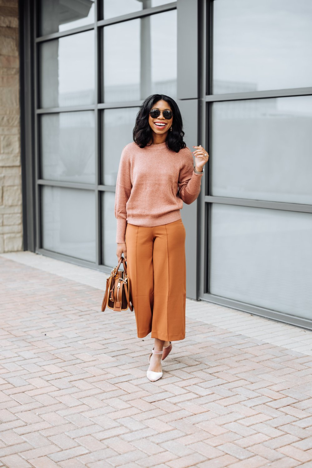 monochromatic outfit ideas how to style black blogger stephanie taylor jackson