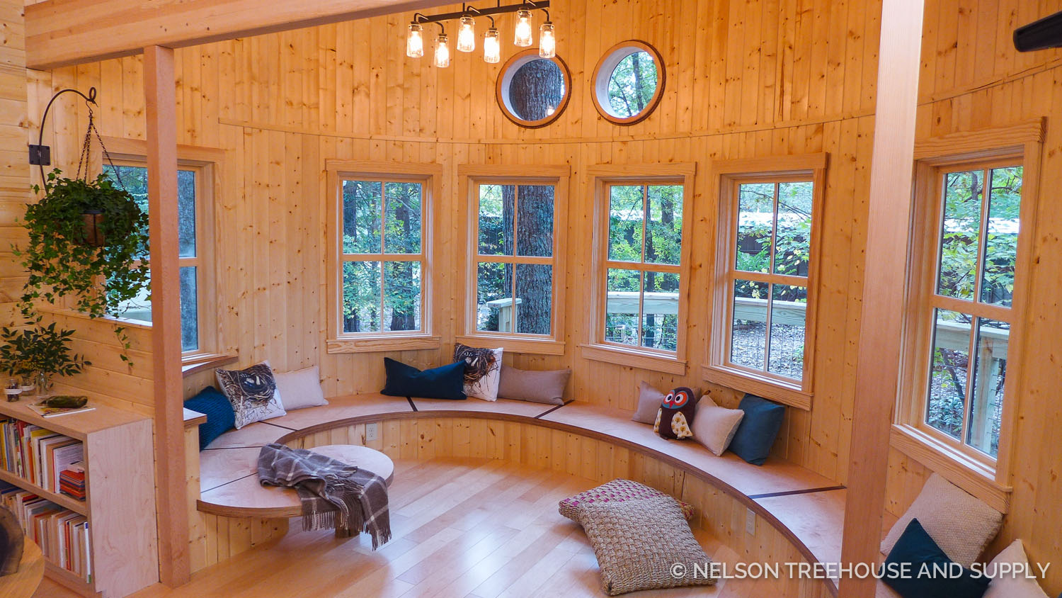 Photo Tour Owls Nest Treehouse Library Nelson Treehouse