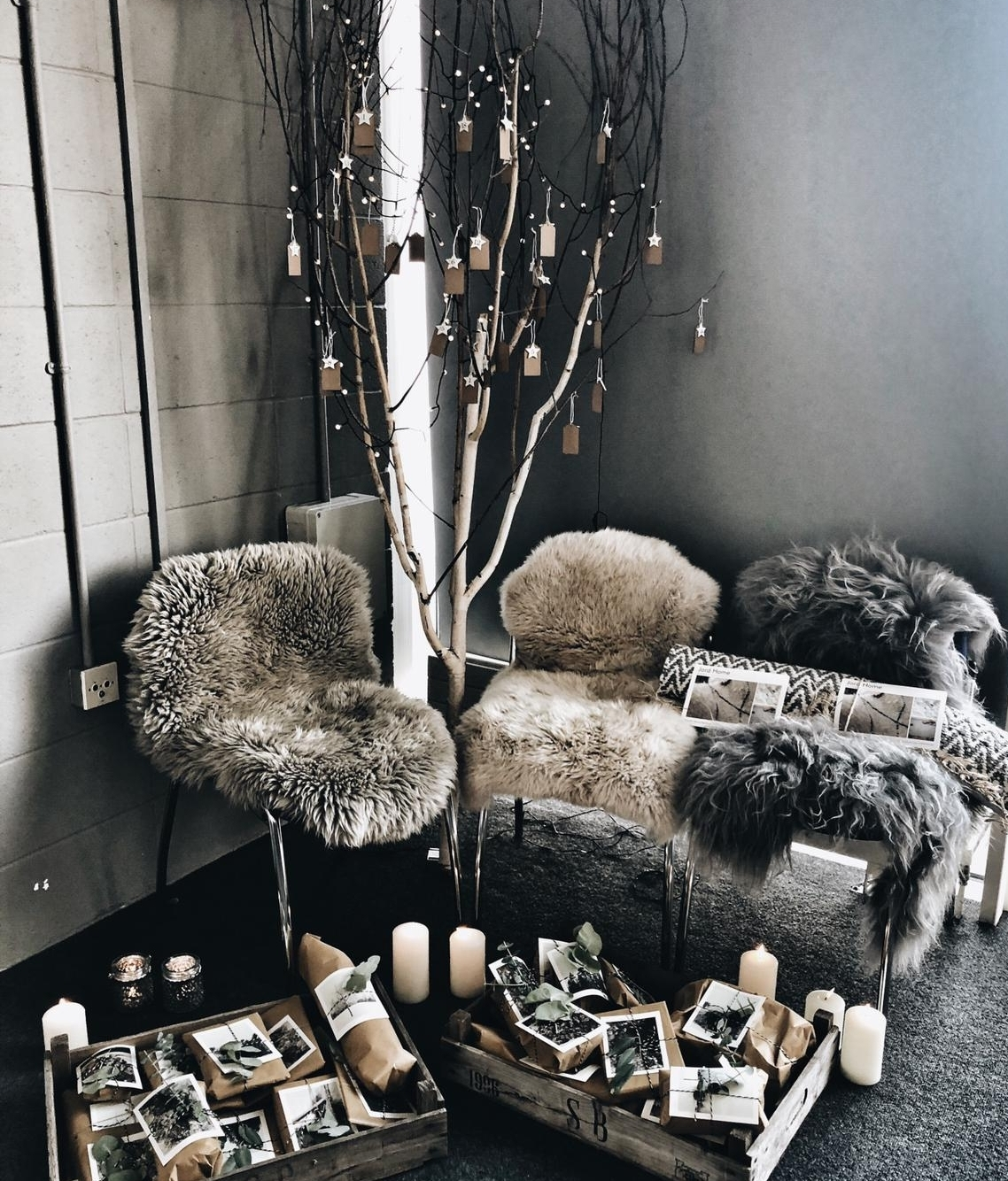Our gifting advent tree allowed Scandi Santa to share some suprises with our guests from Jord Home , Join London , Sevin London , Malako Skincare , Igigi General Store , Love Struck Interiors , Thornback & Peel , Kate and the Ink , The Little Botanical and Chalk Pink Linen