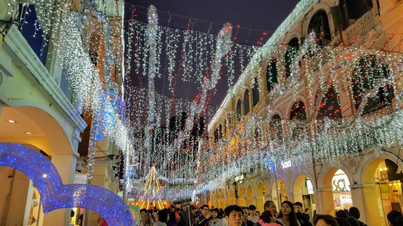 macau holiday lights