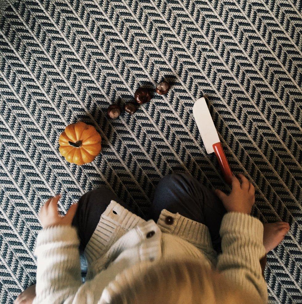 Toddler Life: Encouraging Quiet Play & a Simple Play Doh Recipe Nourish Paris