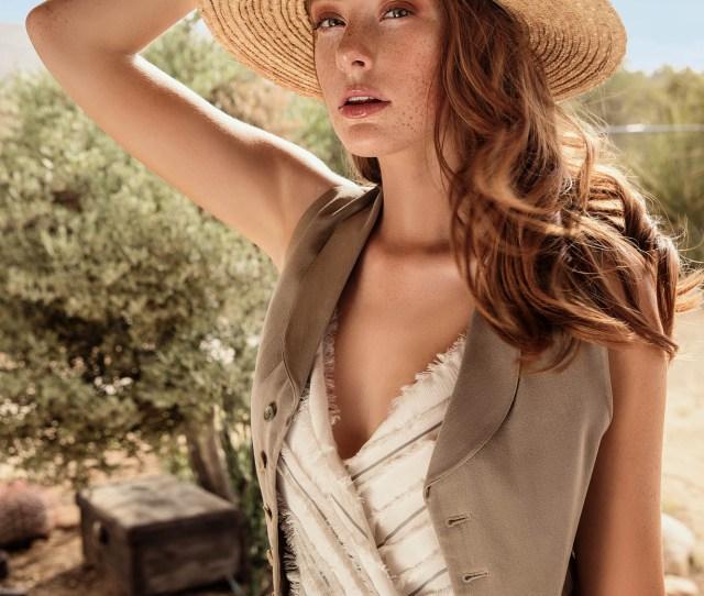 Anja Ekstroms Desert Inspired Fashion Shoot Flourishes