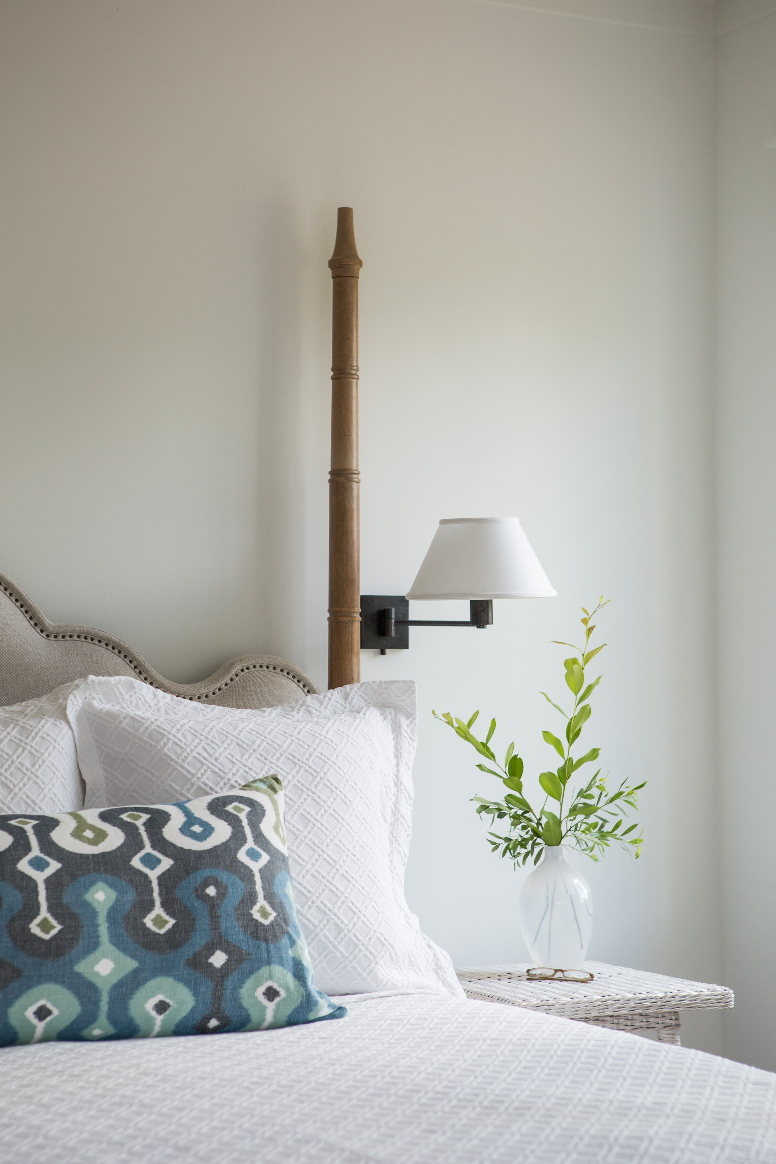 Coastal Cottage Bedroom Decor Ideas Get The Look Hello Lovely