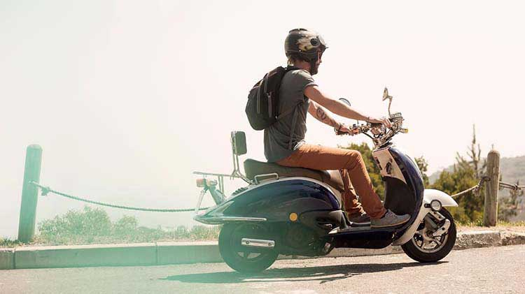 Differences Between Moped And Scooter