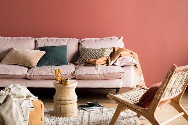 Il colore pareti infatti deve essere deciso con un certo criterio, tenendo conto non solo degli abbinamenti tra le varie tonalità ma anche delle emozioni che i vari colori trasmettono. Color Corallo Per Pareti E Arredi Gli Abbinamenti Migliori