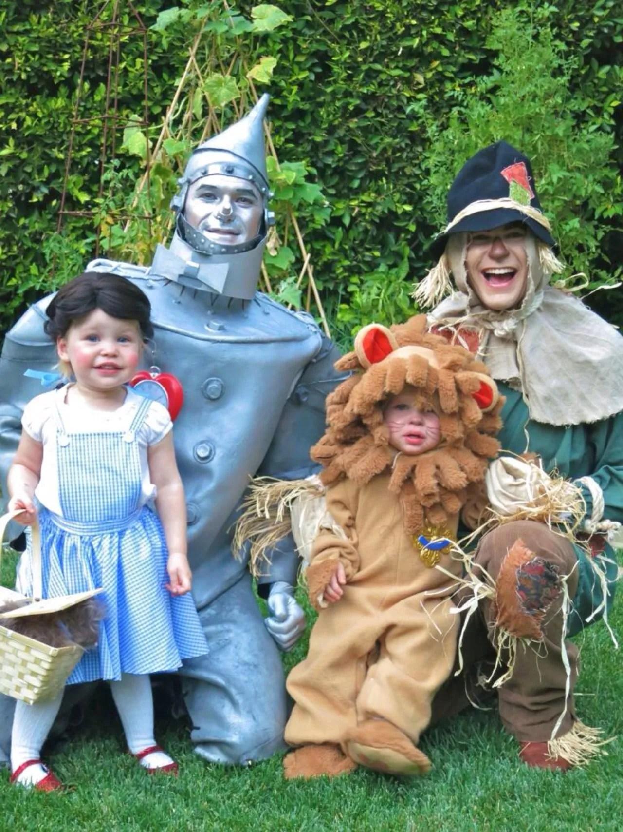 the 20 best celeb family halloween costumes | best ten news