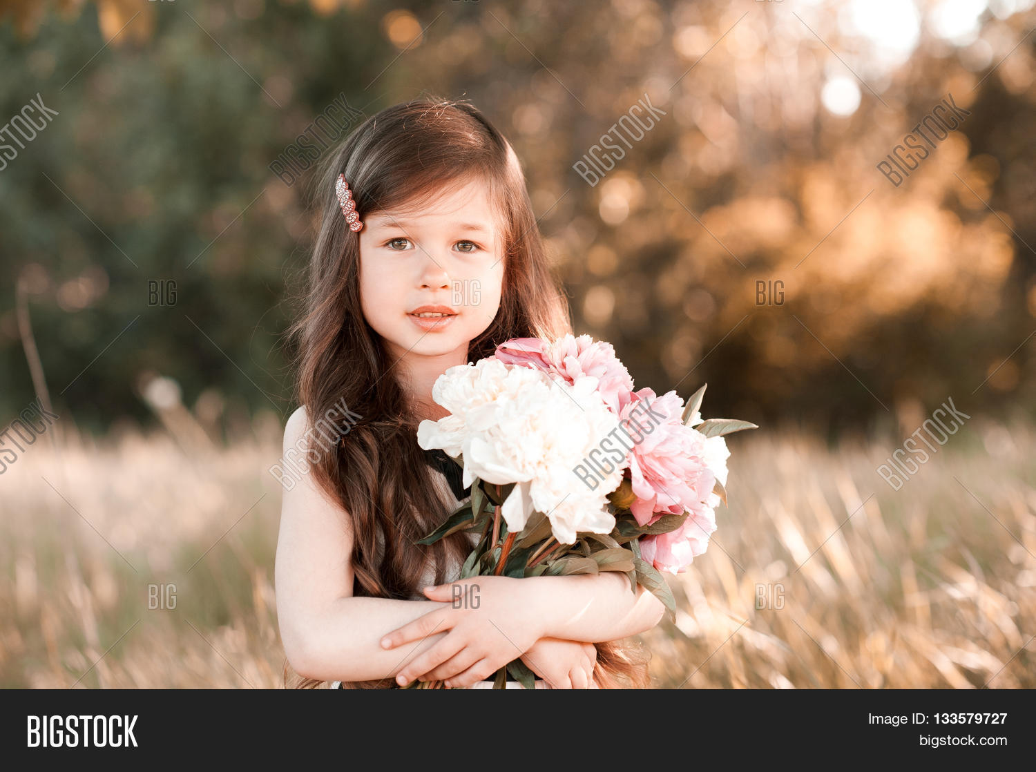 Cute Baby Girl 4 5 Image Amp Photo Free Trial