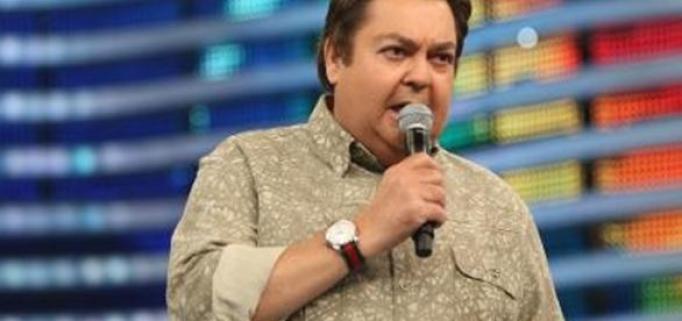 Faustão demonstra seu desgosto em seu programa e é apoiado por celebridades (Foto: Reprodução)