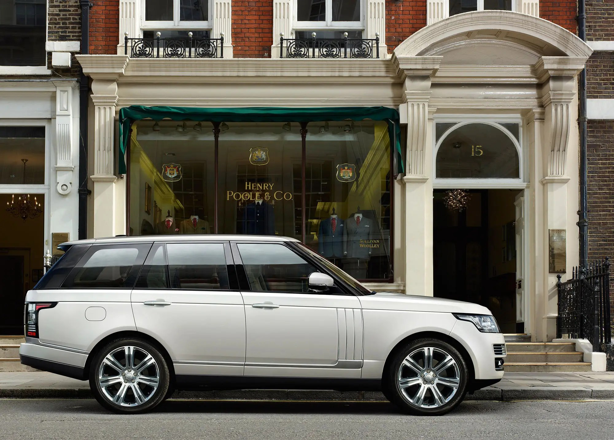 Here s The New Range Rover Autobiography Business Insider