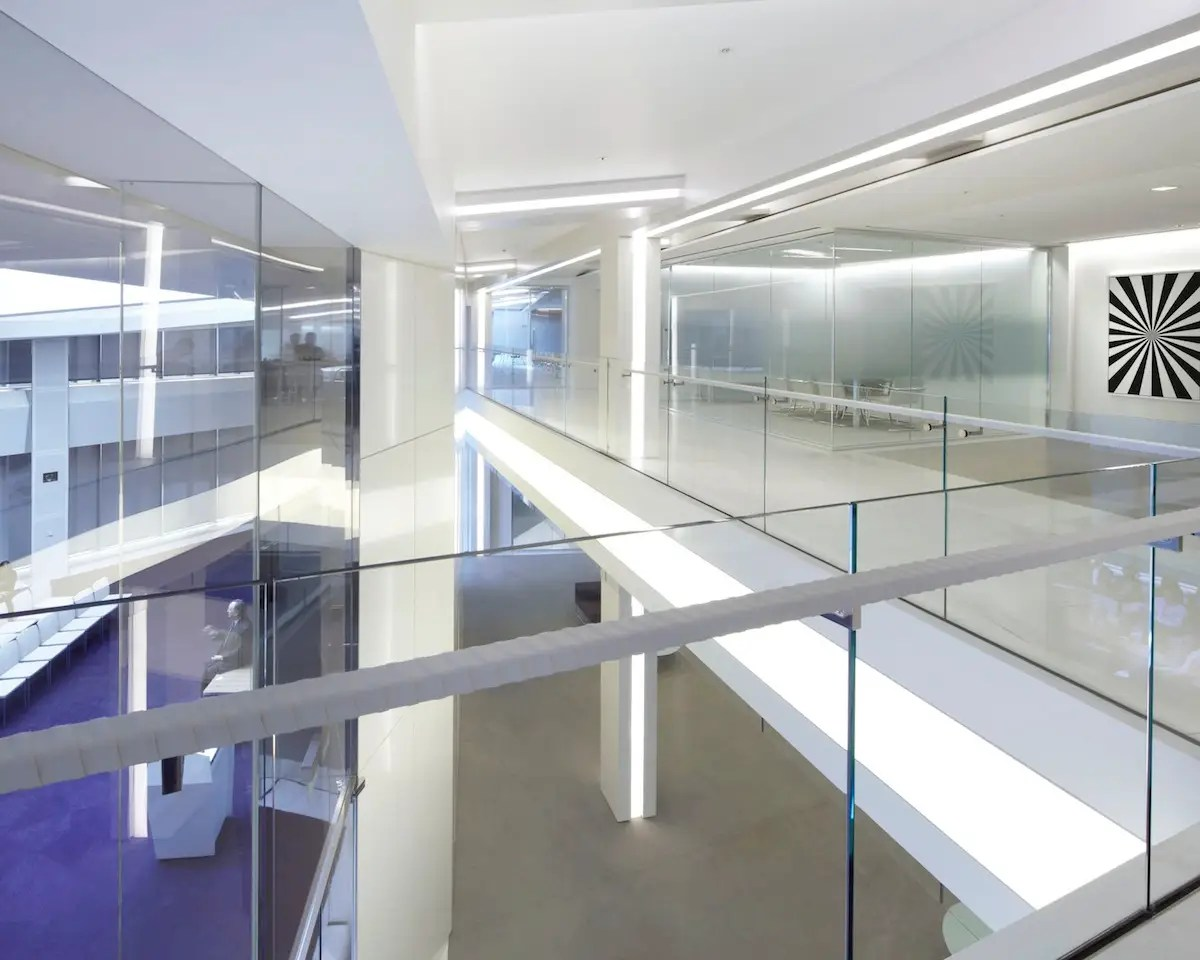 The London offices for international law firm K&L Gates make use of an unusually shaped building to create high-tech and collaborative work spaces. (Lehman Smith McLeish)