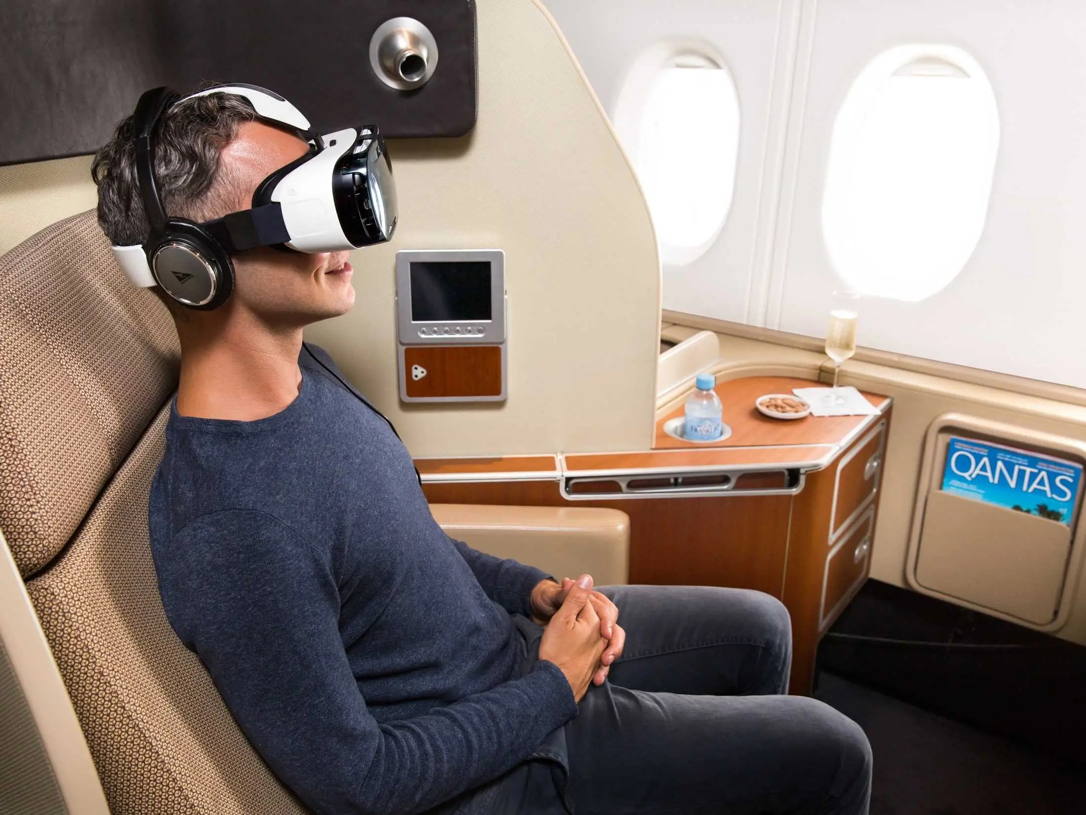 Samsung Gear VR virtual reality plane