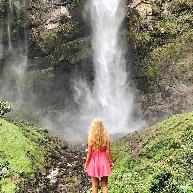 Así que canalizó su amor de viajar en una nueva carrera: blogger de viajes.