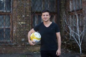 Зеленський зіграє з дітьми-переселенців у футбол