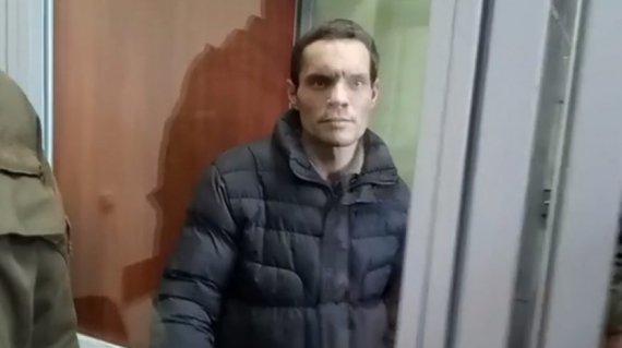 Олександр Мольченко разом із дружиною опинилися на лаві підсудних за те, що заморили сина голодом. Свою провину заперечують