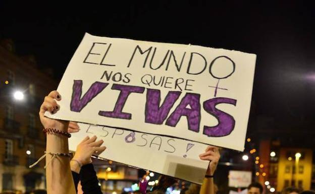 Poster against sexist violence shown at the March 8, 2019 demonstration.