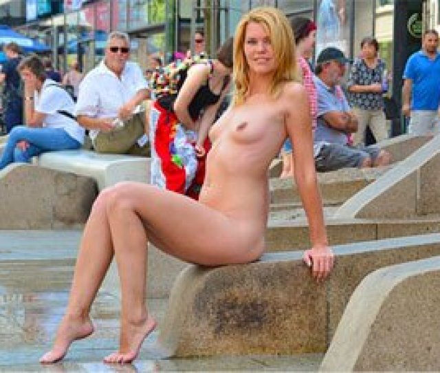 Sexy Nude In Public Movie Of Babe Izzy