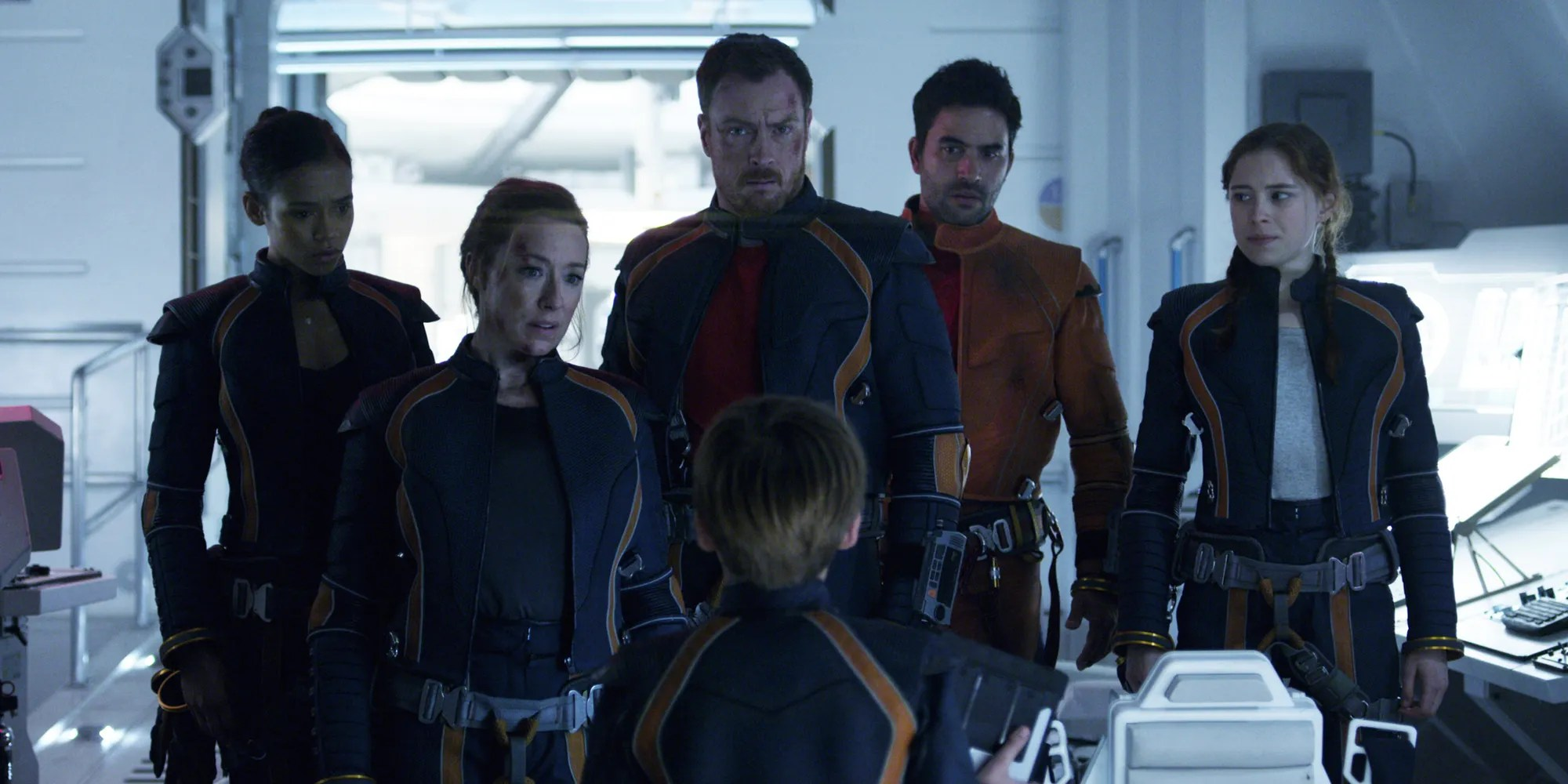 Lost In Space Tv Show Adding New Characters For Season 2