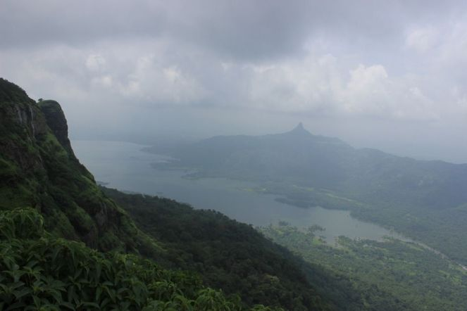 Photo of Love at first sight: Matheran 14/18 by Vineet Jain