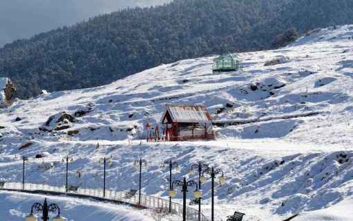 This hamlet in West Bengal is a perfect getaway to experience the most  gorgeous snowfall ever - Tripoto