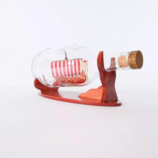 Drakkar Viking Henessy palackban Hajómakett üvegben
