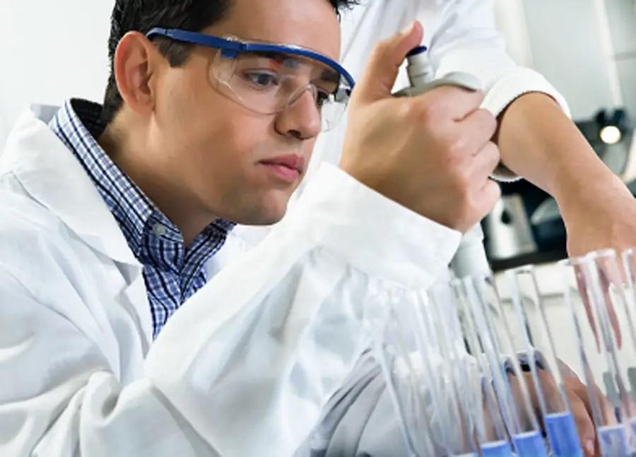 Kelas sains maksimal 16 siswa sehingga mereka dapat melakukan eksperimen praktis setiap kelas.