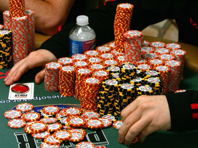 The 9 Worst Mental Mistakes Poker Players Make - Business ...