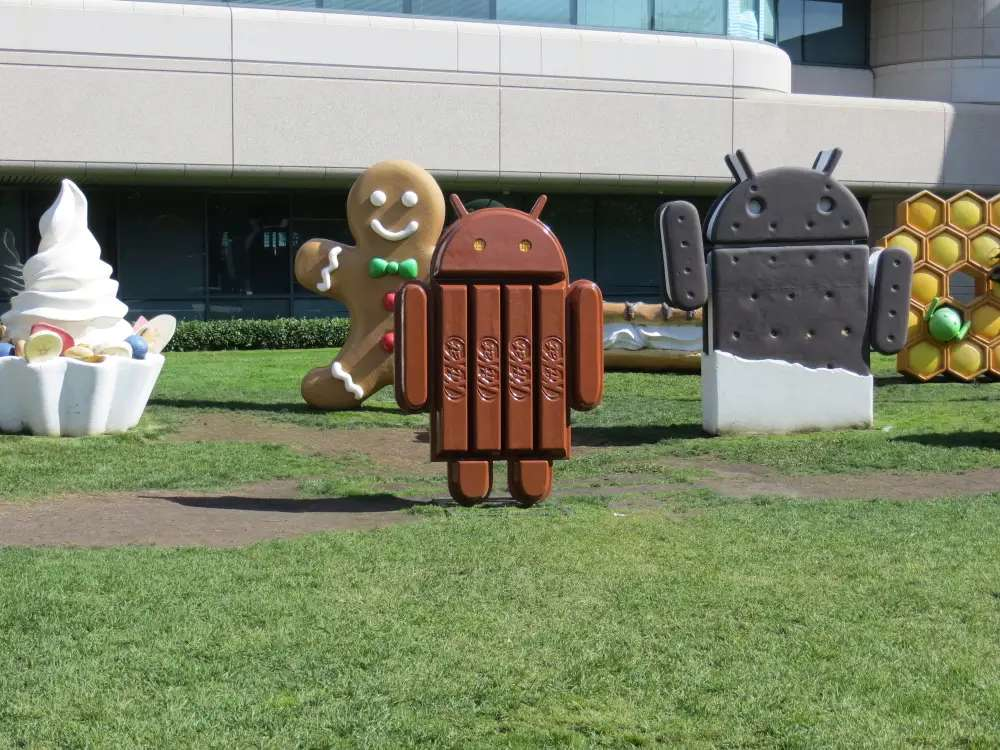 Here's the newest statue, KitKat Android. There's Gingerbread and Ice Cream Sandwich, Cupcake and Honeycomb, too.