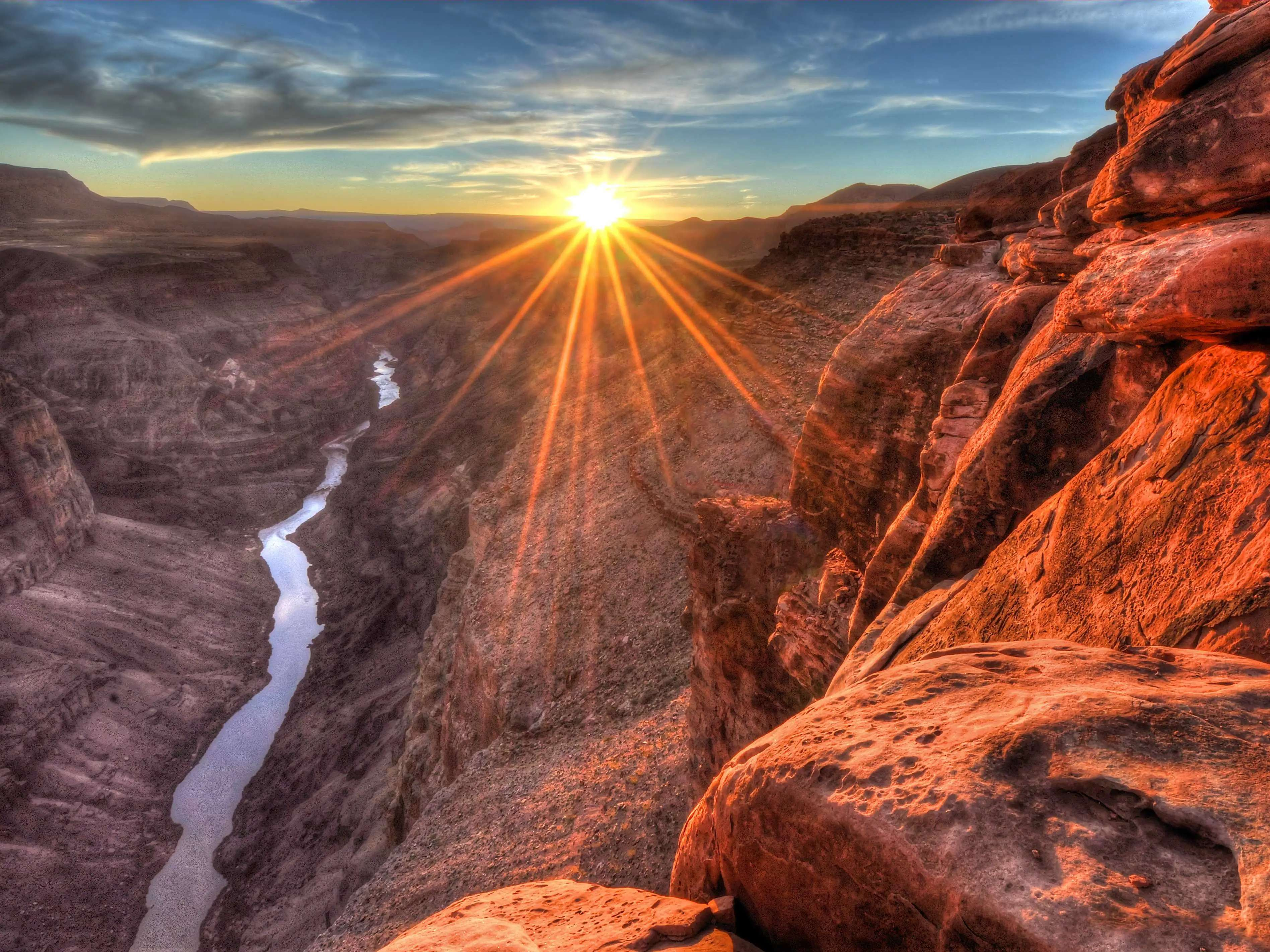 Snap the ultimate tourist shot at the Grand Canyon in Arizona.