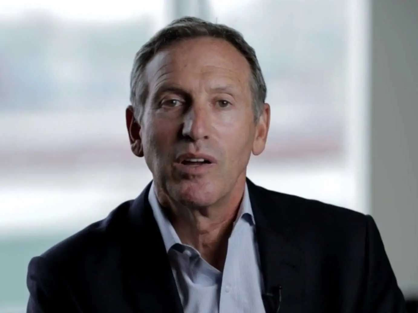 Howard Schultz has kept his morning reading routine intact for 25 years.