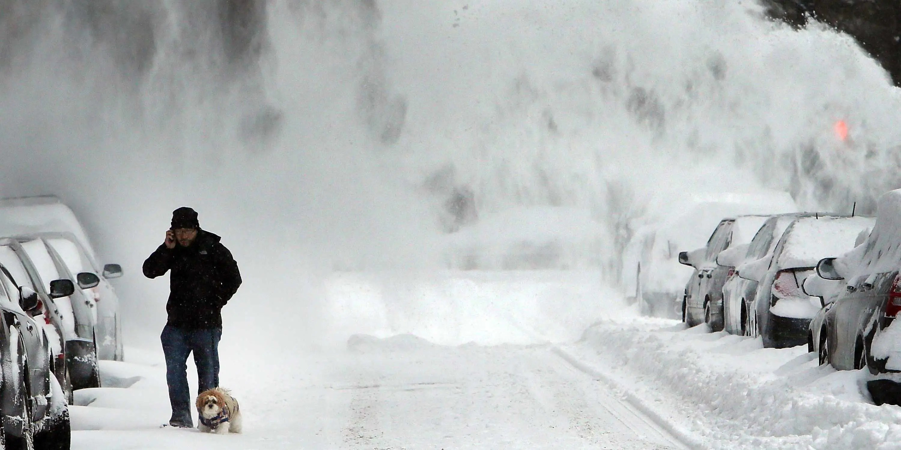 New Yorks Mayor Issues Blizzard Travel Warning Business