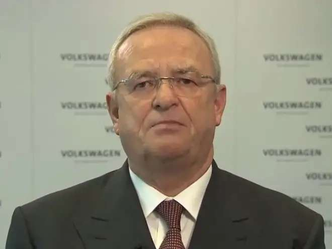 Volkswagen CEO Martin Winterkorn appears in a video saying he's staying at the company, after German press reports state his last day is September 25.