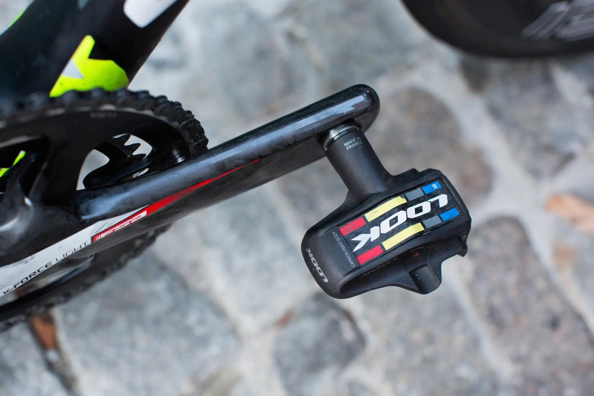Sagan rides Look KeO Blade clipless pedals.