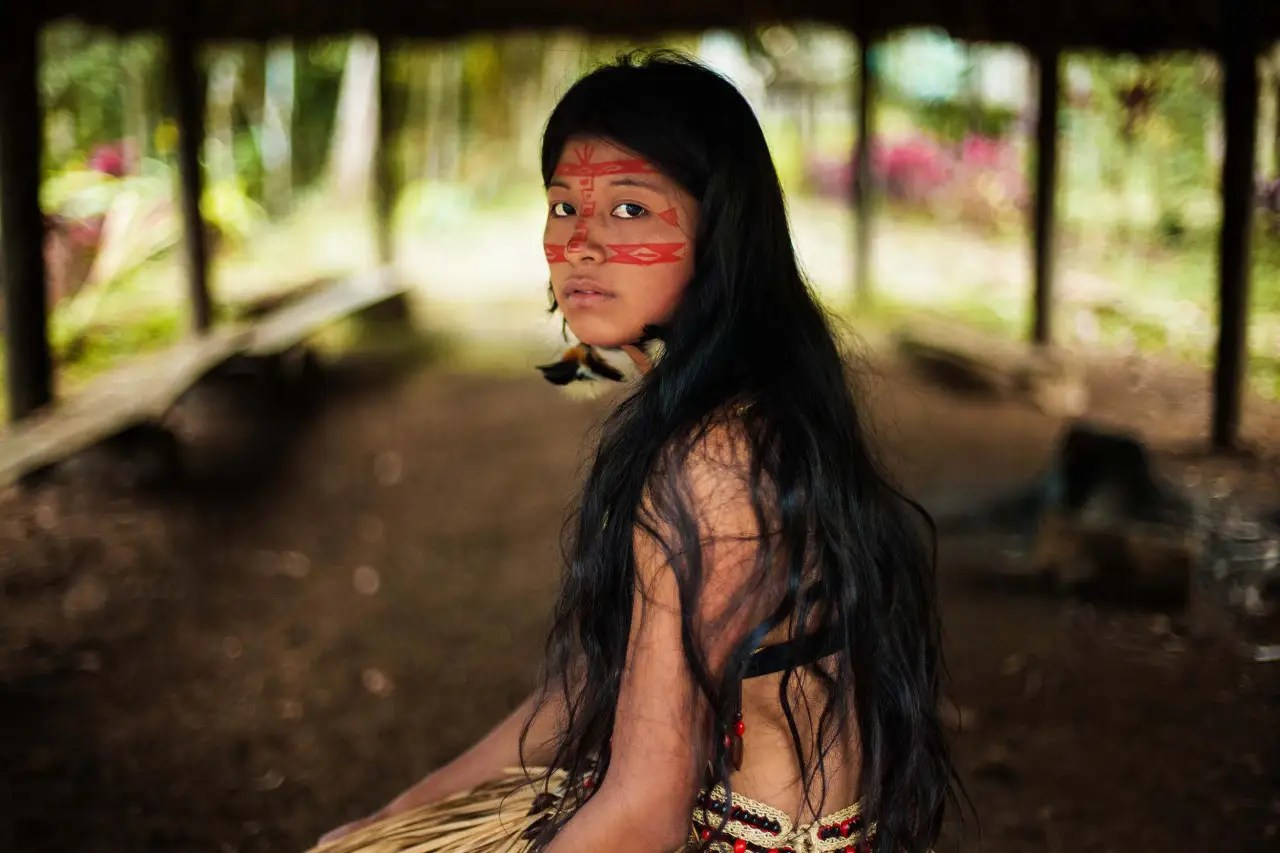 Noroc visited Kichwa, Ecuador in the Amazon Rainforest and took pictures of the women there.