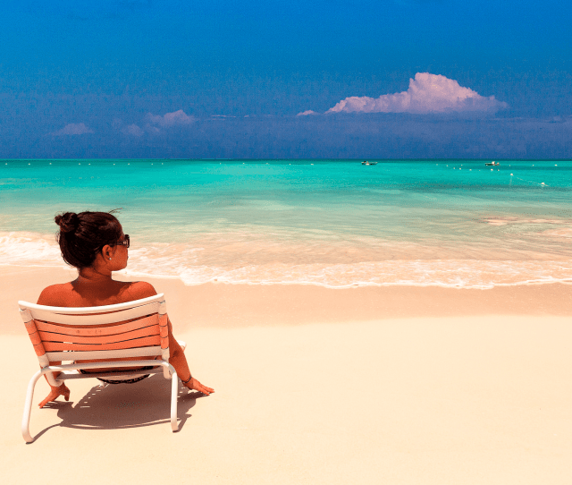 Why Some Beaches Have Clear Blue Water And Others Are Gray Business Insider