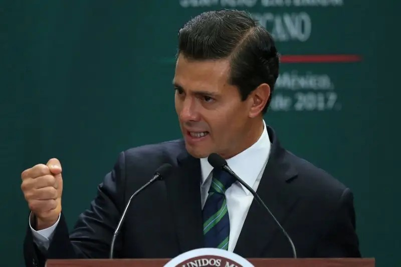 Mexico's President Enrique Pena Nieto delivers a speech during an event to recognize the contributions made by members of the Mexican foreign service, in Mexico City, Mexico, April 28, 2017. REUTERS/Edgard Garrido